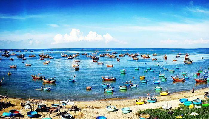 https://images.vietnamtourism.gov.vn/vn/images/2021/thang_10/lang-chai-mui-ne.jpg