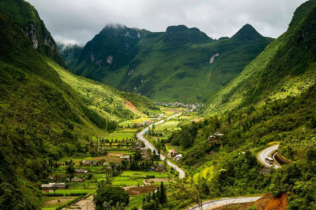 Thung lũng Sủng Là – Đoá hoa kiệt tác giữa cao nguyên đá - Tổng cục Du lịch